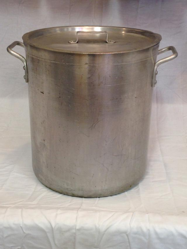 Where to find POT WITH BASKET AND LID  40 QUART in Andover