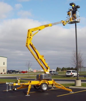 Where to find 40  TOW BEHIND LIFT in Andover